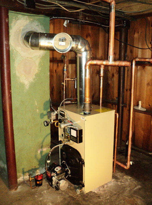 Weil McLain oil steam boilers with an automatic digital water feeder is what we install in Sussex, Hudson, Morris, and Middlesex.